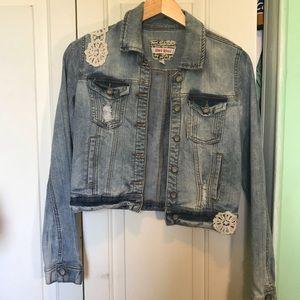 Cute short jean jacket